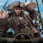 Hot-Toys---POTC5---Jack-Sparrow-collectible-figure_PR18