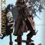 Hot-Toys---POTC5---Jack-Sparrow-collectible-figure_PR3
