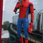 Hot-Toys---SMHC---Spider-Man-Collectible-Figure-(Deluxe-Version)_PR11