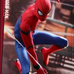 Hot-Toys---SMHC---Spider-Man-Collectible-Figure-(Deluxe-Version)_PR13
