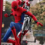 Hot-Toys---SMHC---Spider-Man-Collectible-Figure-(Deluxe-Version)_PR14