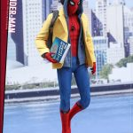 Hot-Toys---SMHC---Spider-Man-Collectible-Figure-(Deluxe-Version)_PR3