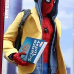 Hot-Toys---SMHC---Spider-Man-Collectible-Figure-(Deluxe-Version)_PR4