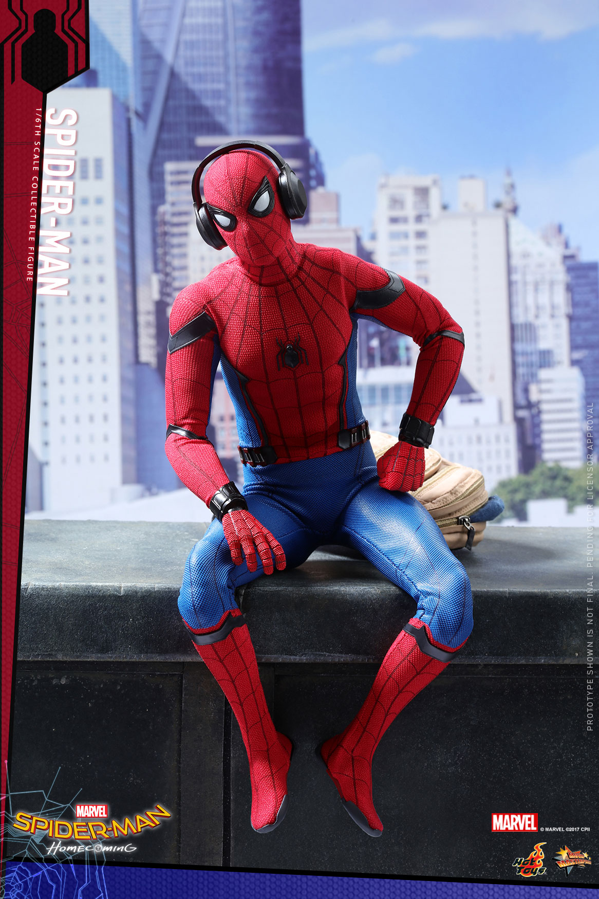 Hot-Toys---SMHC---Spider-Man-Collectible-Figure_PR1