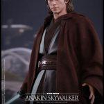 Hot-Toys---Star-Wars-ROTS---Anakin-Skywalker-Collectible-Figure_PR10
