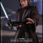 Hot-Toys---Star-Wars-ROTS---Anakin-Skywalker-Collectible-Figure_PR13