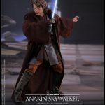 Hot-Toys---Star-Wars-ROTS---Anakin-Skywalker-Collectible-Figure_PR5