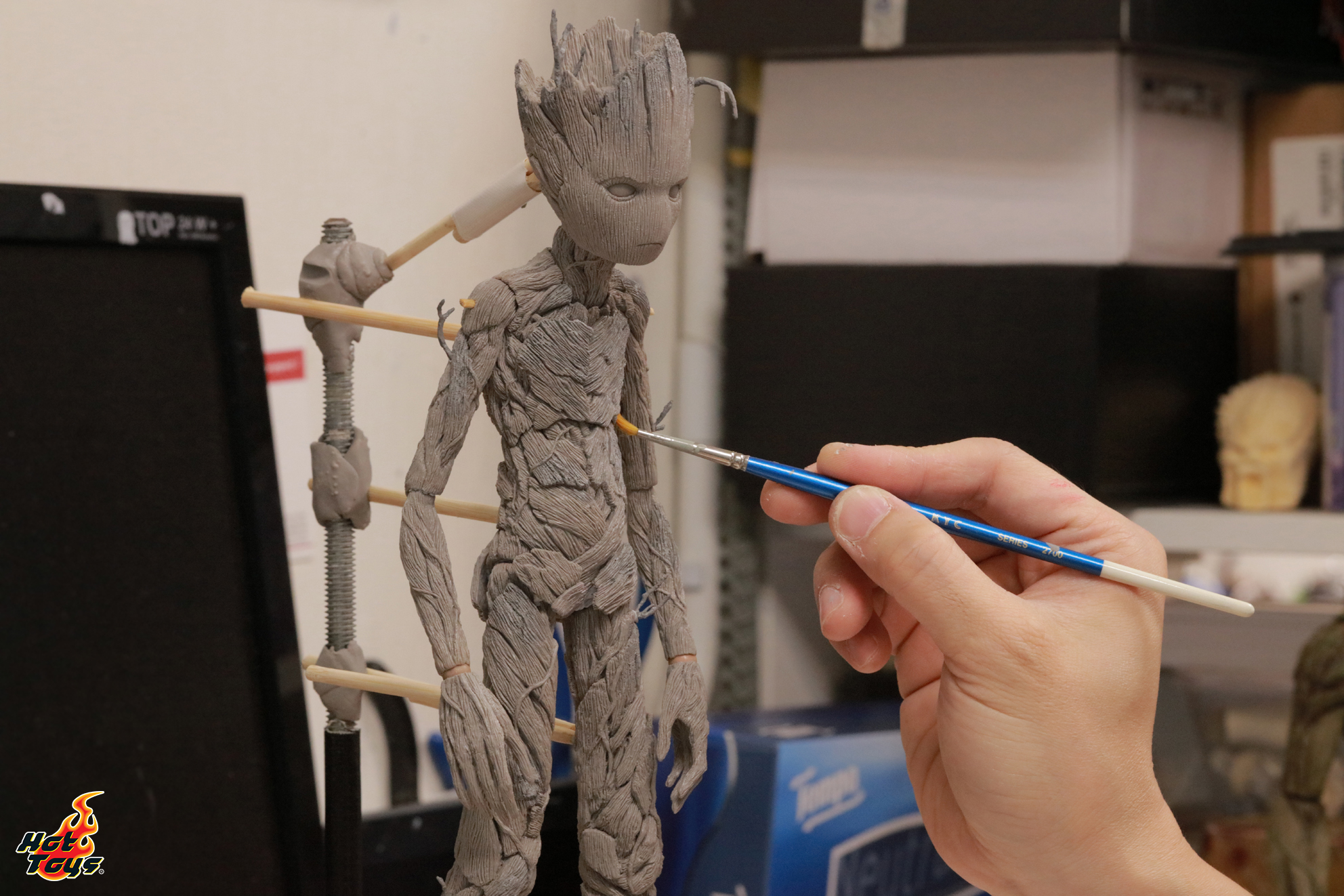 Hot Toys - AIW - Groot_2