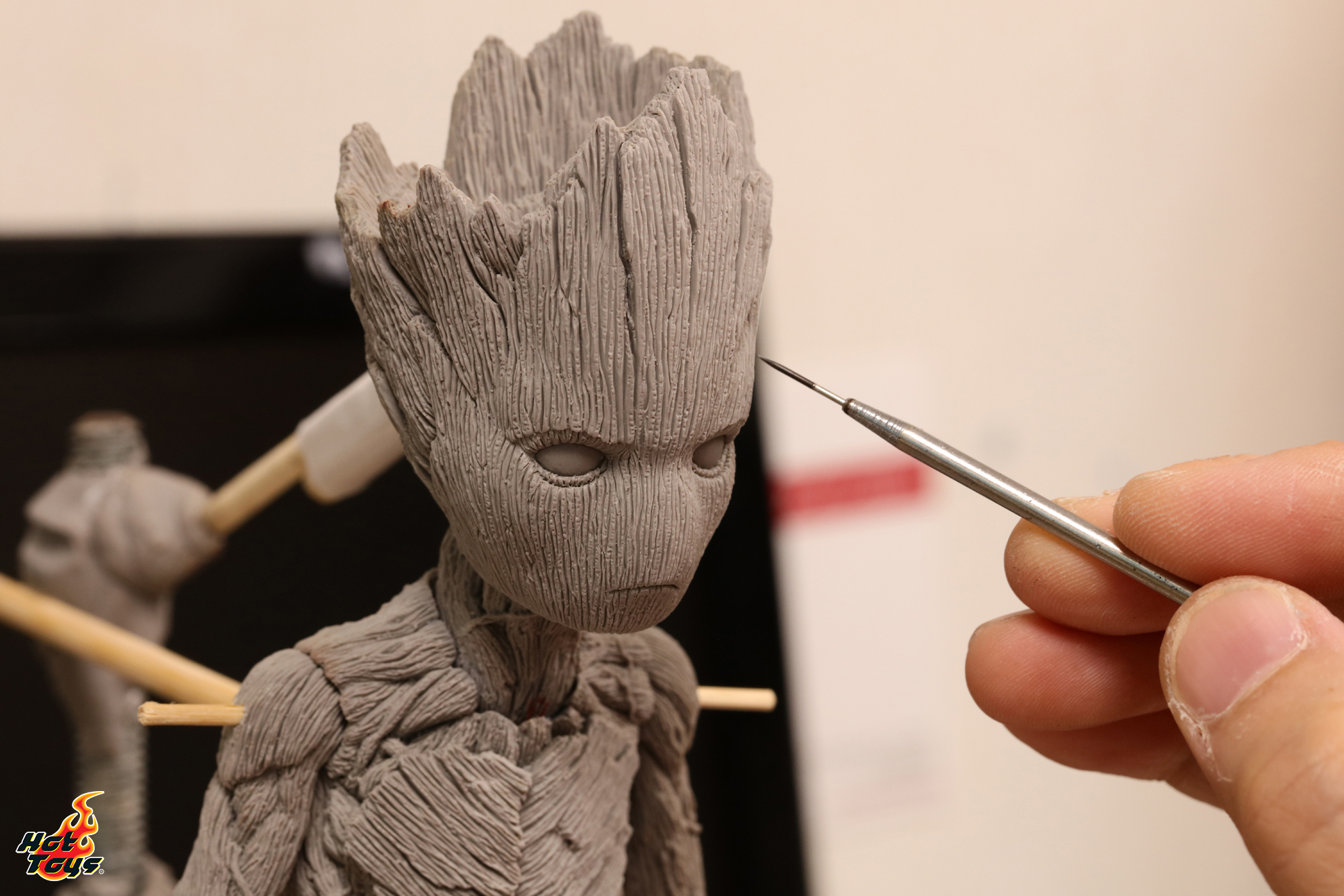 Hot Toys - AIW - Groot_3