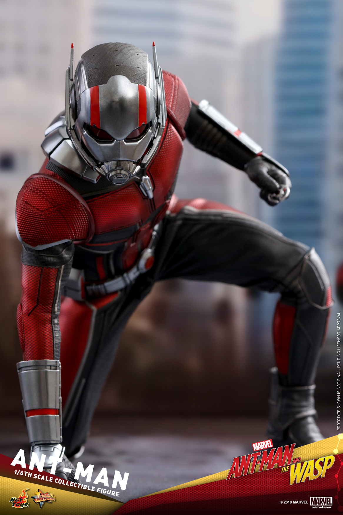 Hot Toys - Ant-Man and The Wasp - Ant-Man Collectible Figure_PR1