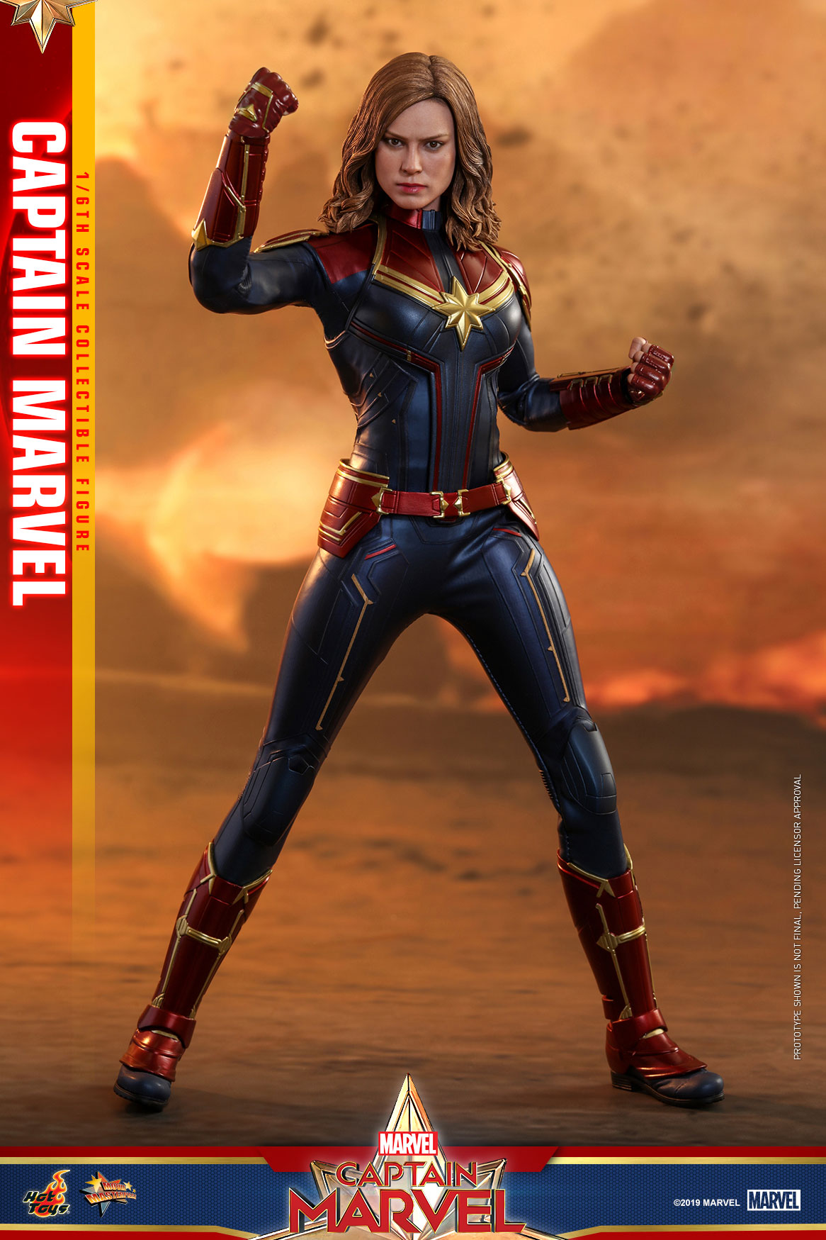 Hot-Toys---Captain-Marvel---Captain-Marvel-collectible-figure_PR2