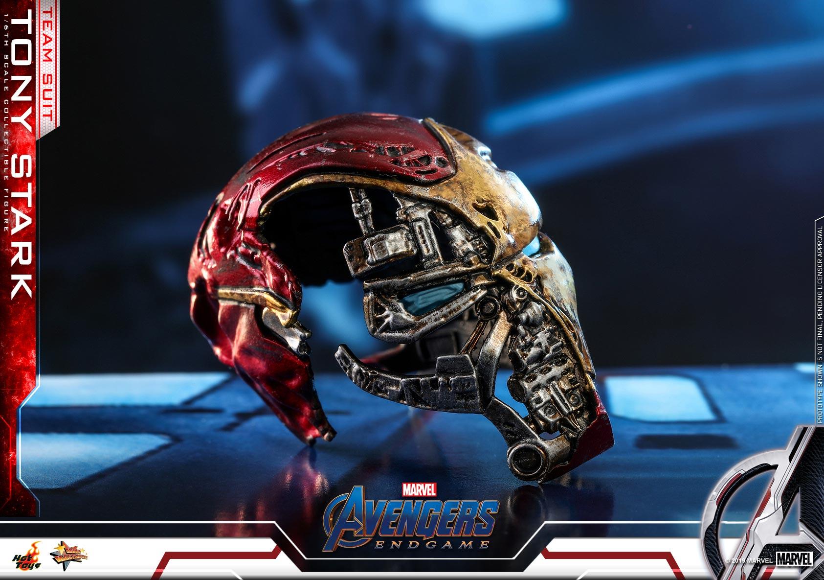 Hot-Toys---A4---Tony-Stark-(Team-Suit)-collectible-figure_PR18