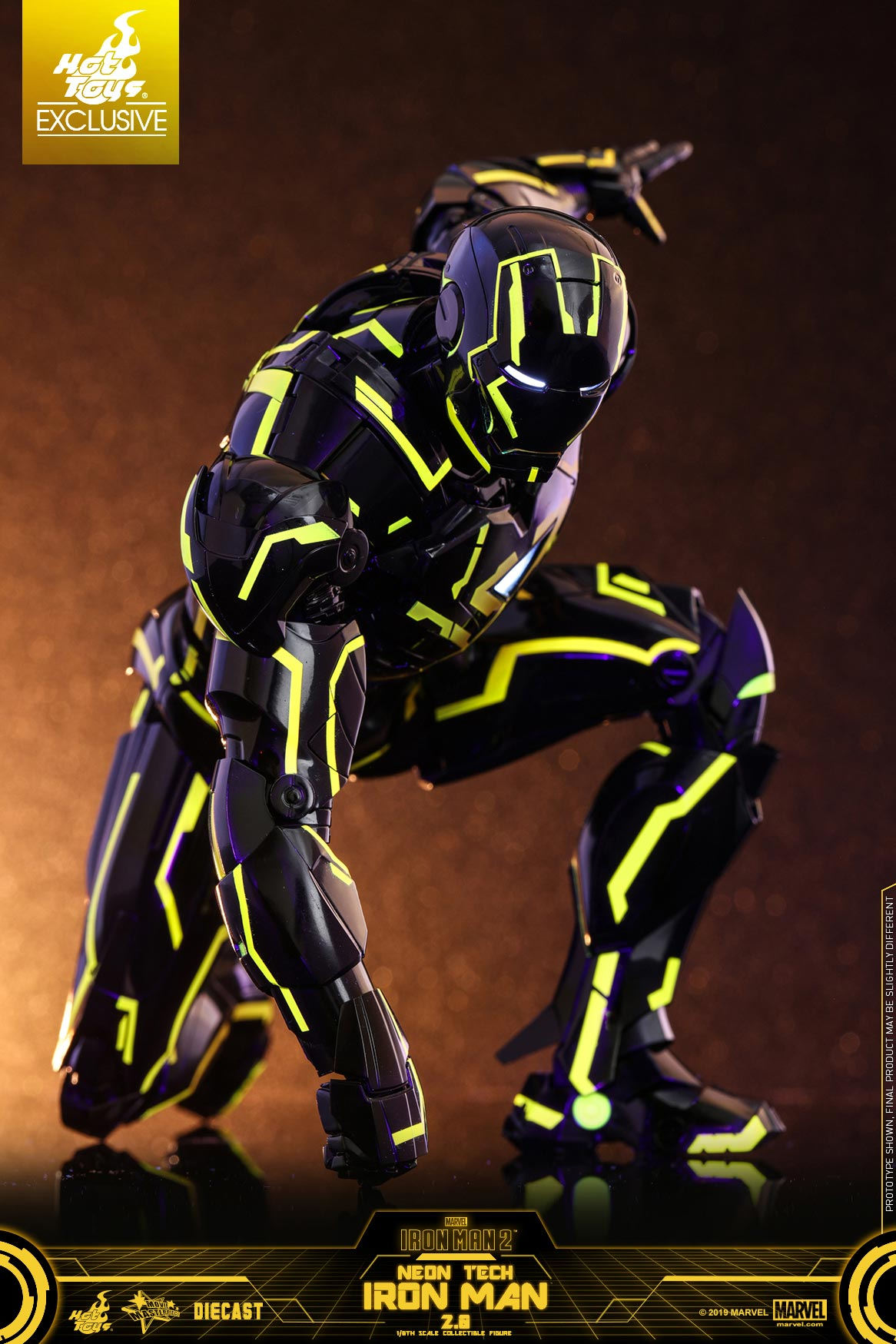 Hot-Toys---Iron-Man-2---Neon-Tech-2.0-collectible-figure_PR10