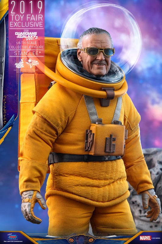Hot-Toys---GOTG2---Stan-Lee-collectible-figure_PR8