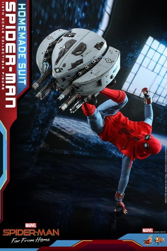 Hot-Toys---Spider-man-Far-From-Home---Spider-man-(Homemade-Suit)_PR18