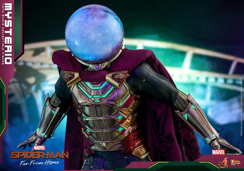 Hot-Toys---Spider-man-Far-From-Home---Mysterio_PR4
