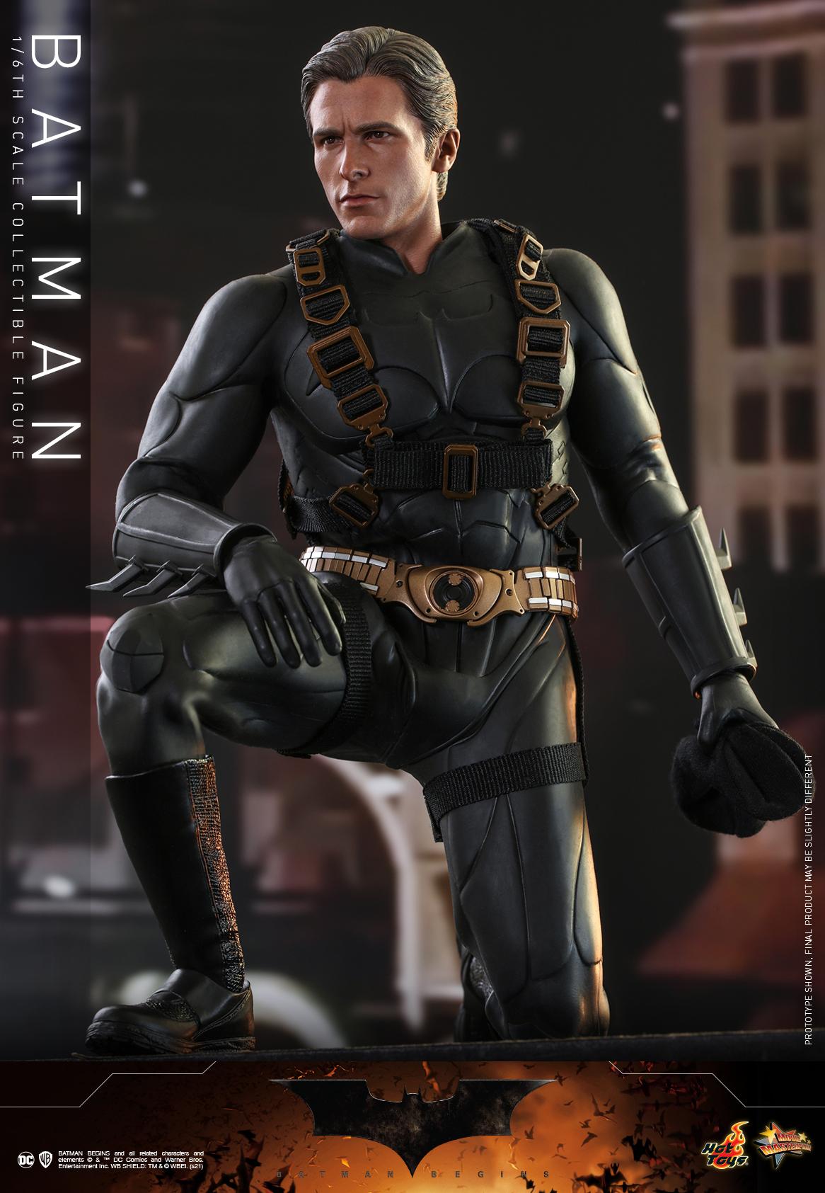 Hot Toys - Batman Begins - Batman collectible figure_PR15
